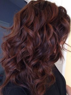 Hair color idea for when you`re out of ideas – Auburn Hair Styles Dark Auburn Hair Color, Red Hair Color, Hair Color Balayage, Brown Hair Colors, Ombre Hair, Dark Red Brown Hair, Auburn Brown Hair Color, Fall Auburn Hair, Auburn Hair Balayage