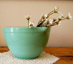 Vintage Fire King Jadeite Batter Mixing Bowl, Vintage 2.5 Quart Anchor Hocking Jadeite Batter Mixing Bowl 2000 from The Eclectic Interior