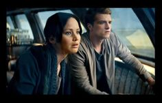 Official Picture from Catching Fire - Hunger Games - Katniss and Peeta -