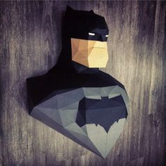 Sculpture Batman Dark Knight Returns en papier - Paper Batman Dark Knight…
