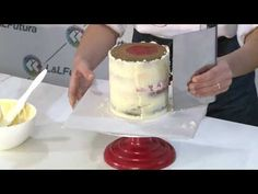 Receta Ganache para bordes filosos - YouTube The Creator, Cheesecake, Pudding, Make It Yourself, Desserts, Videos, Youtube, Cakes, Food Cakes