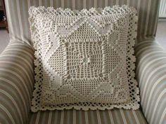 best ideas for knitting pillow tutorial projects Crochet Pillow, Crochet Motif, Crochet Stitches, Knit Crochet, Crochet Patterns, Crochet Granny, Crochet Cushion Cover, Crochet Cushions, Foam Pillows