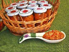 Zacusca de fasole boabe - Bunătăți din bucătăria Gicuței Salsa, Picnic, Jar, Cooking, Canning, Cucina, Gravy, Salsa Music, Restaurant Salsa