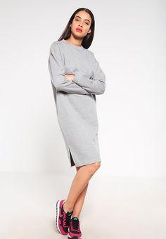 8b9bc24b2f4d Die 89 besten Bilder von Zalon ♥ Sneaker   Fashion clothes, Outfit ...