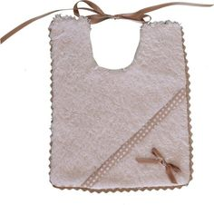 Babero hecho a mano mod.cafelito con topos Baby Bibs, Rebecca Minkoff, Clothes, Baby Gifts, Lace, Hand Made, Dressmaking, Bibs, Outfits