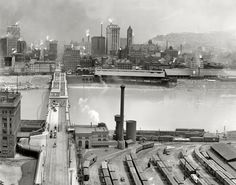 Wow! Pittsburgh is my home city, and I am floored by the amount of smoke in this photo. Makes me want to cough just looking at it. We've come a long, long way. Nice & clean now. 1905 photo view from Mount Washington