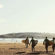 Este verano en Suances disfruta mientras aprendes el deporte del mar por excelencia! Y lo mejor... Estar en remojo... No hay mañana con este calor!! Disfruta con yuniqtrip! #disfruta #regalar #regalazo #deportes #deporte #quecalor #Cantabria #suances #surf #surfing #deportesacuaticos #ocio #verano2016 #vacaciones #enfamilia #conamigos #buendia #visitspain #turismo #marcantabrico #mar #solyplaya #experienciasunicas #experiencias #inspain