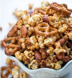 Slow Cooker Caramel Popcorn Snack Mix is so easy to make and perfect to have on hand during the holidays. Makes the best homemade gift or game day snack! Slow Cooker Desserts, Slow Cooker Appetizers, Crockpot Recipes, Dog Food Recipes, Cooking Recipes, Slow Cooking, Dessert Recipes, Freezer Cooking, Casserole Recipes
