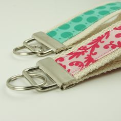 Key Fob Hardware Wristlet Tutorial with Cotton Webbing and Fabric – I Like Big Buttons!