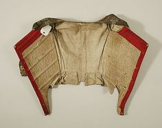 18th century bodice (view on the inside and the lining/boning), American or European, made of silk, The Metropolitan Museum of Art C.I.39.13.215