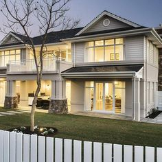The Long Island infuses picturesque country with classic elegance. A traditional coastal living style perfect for Perth. Hamptons Style Homes, Hamptons House, The Hamptons, Coastal Entryway, Coastal Living Rooms, Coastal Farmhouse, Facade Design, Exterior Design, House Design