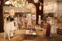 Free People to Debut Home Goods at Rockefeller Center People Shopping, Free People Store, Santa's Village, Happy Hippie, Brick And Mortar, Rockefeller Center, Store Displays, At Home Store, Visual Merchandising