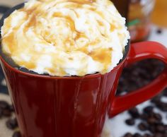 Those that know me well, know that I'm obsessed with that perfect cup of Joe. My mornings don't start until I have my favorite coffee in hand. So when my favorite coffee shop closed it's doors near me. Sweet Tea Recipes, Coffee Recipes, Caramel Macchiato Recipe, How To Cook Grits, Cake Mix Ingredients, Southern Sweet Tea, Cheese Grits, Grits Recipe, Coffee Cake