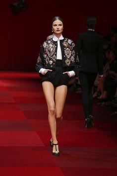 Dolce&Gabbana Summer 2015 Womens Fashion Show. #dgss15