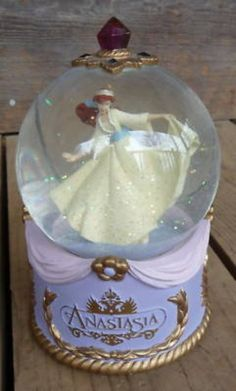 1997 Anastasia Disney Musical Snow Globe Very Nice (06/09/2010)