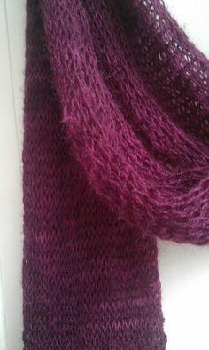 Hasselbraam Trees (free pattern on Ravelry: Trees) yarn: Loret Karman