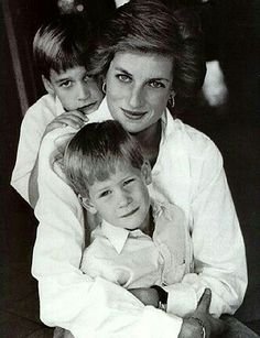 She was a beautiful mother. This is a gorgeous picture.
