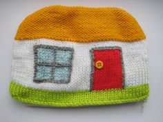 Pencil case but i want a hat.
