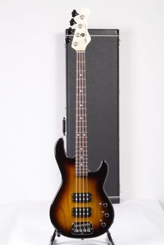 I miss this bass! Why did I sell mine? UsedG L-2000 Electric Bass Guitar