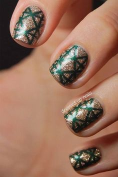 15 Holiday Nail Art Ideas from Pinterest | Daily Makeover