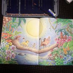 年明けからハマってた大人のぬりえ! 途中で放置してたけどとうとう完成 〜 他のもやりたいけど飽き性だからもうやらなそうw #旅するディズニー塗り絵 #コロリアージュ