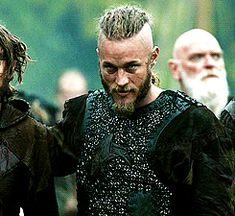 Oh Boy! Ragnar Lothbrook, Ragnar Lothbrok Vikings, Vikings Travis Fimmel, Viking Character, Viking Series, Vikings Tv Show, Viking Warrior, History Channel, Best Tv