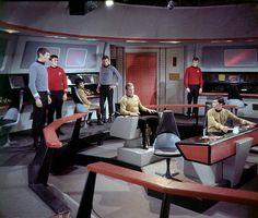 Enterprise bridge set of Star Trek: Original Star Trek Original Series, Star Trek Series, Star Trek Cast, United Federation Of Planets, Star Trek 1966, Star Trek Characters, Star Wars, Star Trek Universe, Star Trek Enterprise