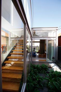 Designed by award winning architects Coy & Yiontis, this staircase makes you feel like you're outside when you're inside