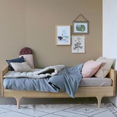 @camomilelondon is a british designer collection of contemporary, stylish nursery, children bedding and interiors.