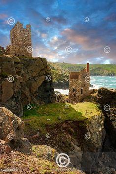 Ruined engine houses of Botallack Tin Mine, Near St Agnes, Cornwall