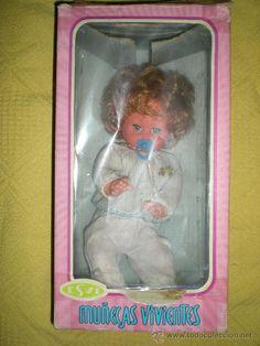 muñecas vivientes esvi sin uso funcionando  no ha sido usada nueva en caja años 70