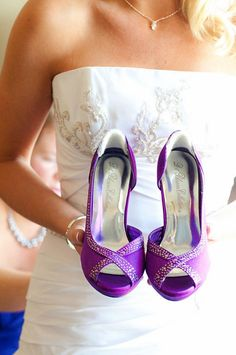 Radiant Orchid wedding shoes Image by Brown Lab Photography