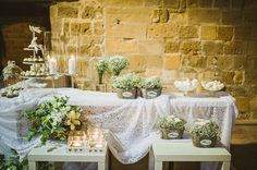When rustic meets romance... http://www.love4weddings.gr/rustic-weddding-lefkosia/ #babybreathwedding