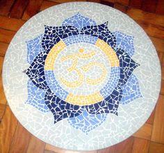 Placa para piso, em mosaico | Alem da Rua Atelier
