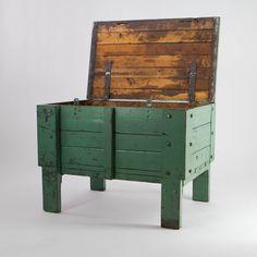 Wooden chest (gang box)