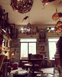 Milano da vedere!!! #milanodavedere #milan #febbraio #venerdì #magazine #magcafe #photooftheday #vintage #vip #follow4like #photographer #instalike #loves_bestpic by monci17