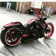 Outstanding Harley davidson bikes photos are readily available on our web pages. Check it out and you wont be sorry you did. Harley Davidson Gear, Harley Davidson Images, Harley Davidson Street, Harley Davidson Motorcycles, Custom Motorcycles, Custom Bikes, Kawasaki Bikes, Harley Davison, Bobber Chopper
