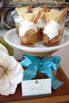 apple pie in a glass. I'm not an apple pie fan but this is so stinking adorable! I think I'll try a variety of pie types like this for Thanksgiving!!