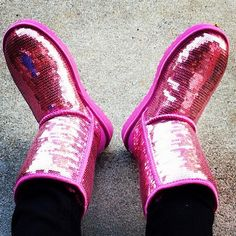 Love these Uggs, don't know what I would ever wear them with but they're PINK & sparkly!!