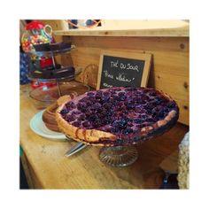 Envie d'une part de tarte aux cerises, un bon thé  kusmi tea ? La boutique et le cafe Libellule est ouvert jusqu'à 18h !  3 rue du 17 novembre 67600 SELESTAT @kusmiteaparis #kusmitea #tarte #tartecerise #libellule67600 #cafeboutique #selestat #alsace #monalsace