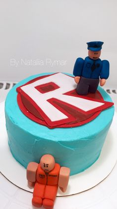 Gâteau Donovan Roblox Birthday Cake, Roblox Cake, 8th Birthday Cake, Birthday Poems, Boy Birthday, Costume Birthday Parties, Edible Cake Toppers, Cakes For Boys, Celebration Cakes