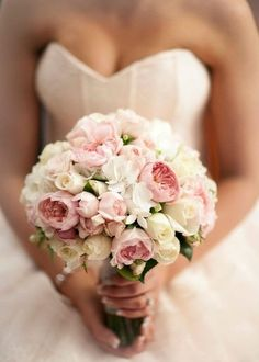 sweetheart posy with David Austin roses.