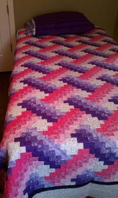Girly Weaver Fever... I can't wait to make this quilt!!
