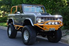 For Sale: 1971 Ford Bronco - GRAB A WRENCH