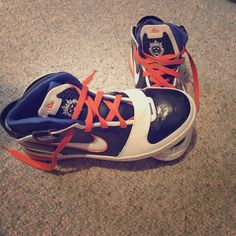 Vintage Lebron 6 Basketball Shoes ! These were some of the originals ! Normal signs of wear but still in fairly good condition ! Many collect but I don't so make offers ! Nike Shoes Sneakers
