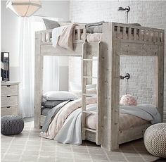 Wow this double sized wooden bunk bed is incredible, with the resemblance to a four poster, however has another bed on top.