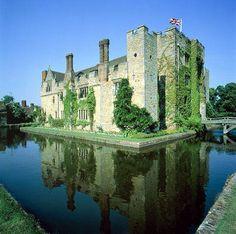 Hever Castle, UK  Ann Boleyn's childhood home