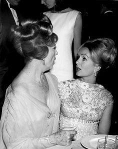 agnes moorehead | Agnes Moorehead and Debbie Reynolds, c. 1965