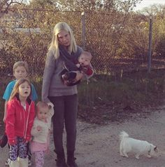 Even Tori Spelling gets the road trip blues.