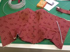 The making-of - red corset By Sdp